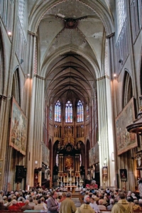 Nave, and Altar - Sint-Salvator Cathedral