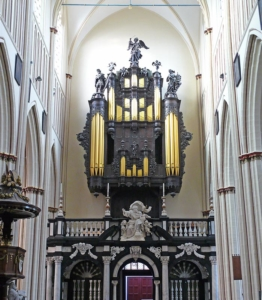 Organ—Sint-Salvator Cathedral